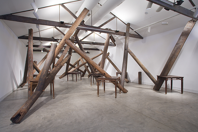 Ai Weiwei (Chinese, b. 1957), Through, 2007–8. Tables, beams, and pillars from dismantled temples of the Qing Dynasty (1644–1911), 550 x 850 x 1380 cm. Courtesy of Ai Weiwei Studio.